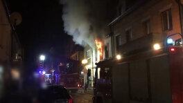 Pożar mieszkania w kamienicy