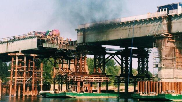 """90 strażaków, 22 wozy, 4 łodzie. """"Pożaru nie było, remont się nie opóźni"""""""