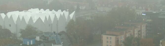 Na południu wychodzi słońce. Mgły nadal utrzymują się w północnej Polsce