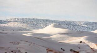 Ośnieżona Sahara w okolicy Ain Sefra