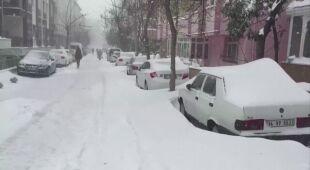 Intensywne opady śniegu pokryły część Turcji